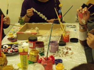 בנות גרעין הדר מכינות יצירה באורייתא
