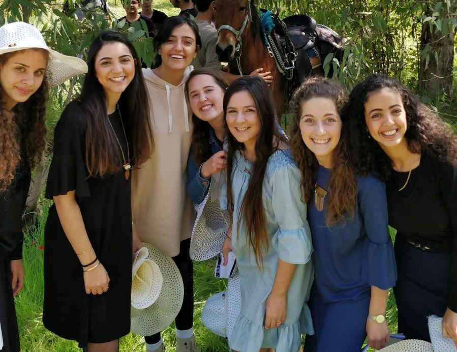 """בנות שירות חל""""ד ירושלים"""