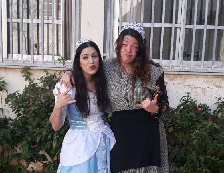 בנות השירות של אולפנית תל אביב